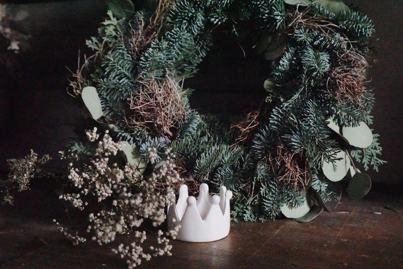 *Neu* Selbstgewickelte Adventskränze aus frischem Tannengrün - Makerist Videokurs - Bild 1