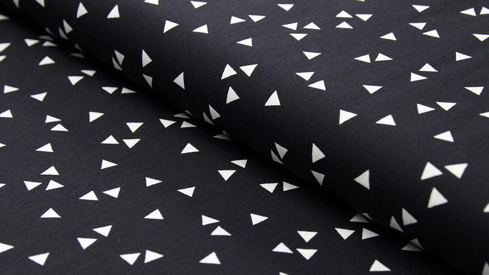 Tissu coton noir avec triangles : Triangle - 150 cm dans la mercerie Makerist - Image 1