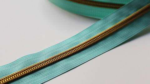 Fermeture à glissière  bleu turquoise : or dans la mercerie Makerist