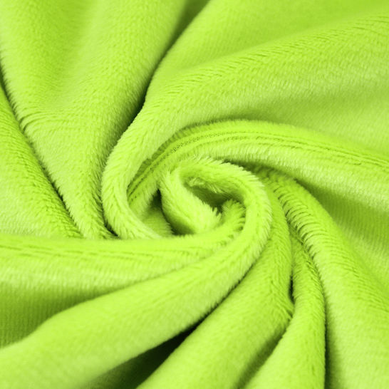 """Panne de velours microfibres pour peluches """"SHORTY"""" par kullaloo - vert dans la mercerie Makerist - Image 1"""