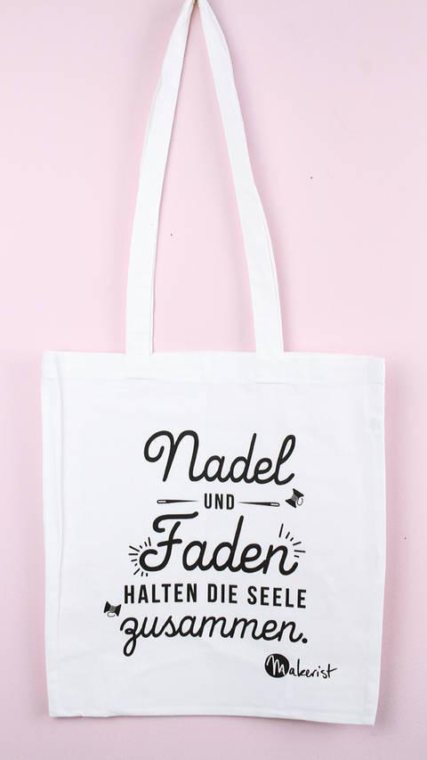 Stofftasche: Nadel und Faden im Makerist Materialshop
