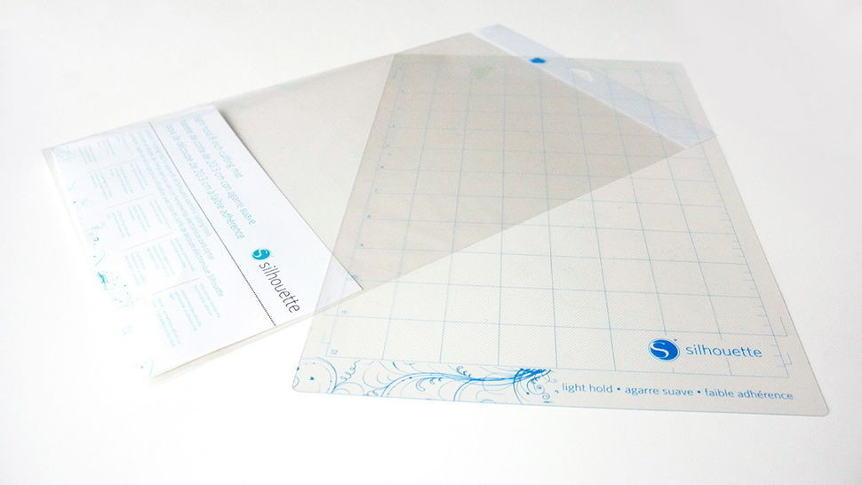 Schneidematte leicht selbstklebend 8 x 12 für SILHOUETTE Portrait im Makerist Materialshop - Bild 1