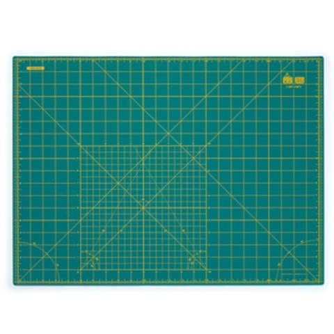 Schneideunterlage cm/inch-Einteilung 60 x 45 cm im Makerist Materialshop