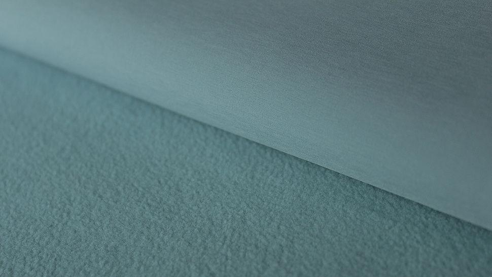Hellblauer Uni Softshell: dreilagig - 144 cm im Makerist Materialshop - Bild 1