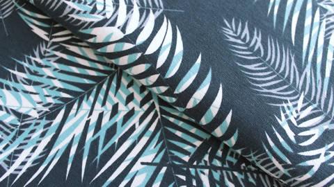 Baumwolljersey dunkelgrau bedruckt: Avalana Palmen - 162 cm im Makerist Materialshop