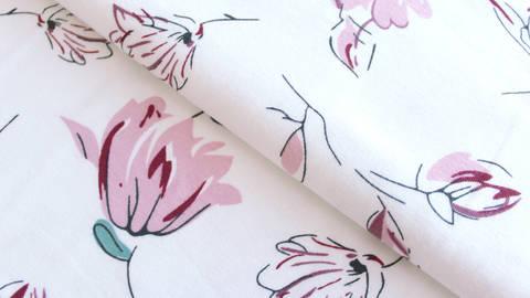 Baumwolljersey weiß bedruckt: Avalana Blumen - 162 cm im Makerist Materialshop