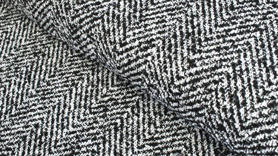 Mantelstoff schwarz-weiß: Fischgrätmuster - 145 cm im Makerist Materialshop - Bild 1