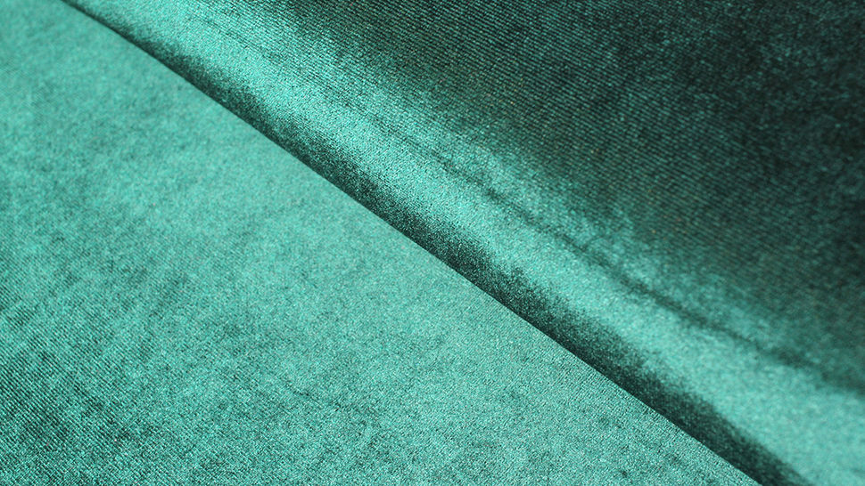Samtstoff Stretch dunkelgrün - 165 cm im Makerist Materialshop - Bild 1
