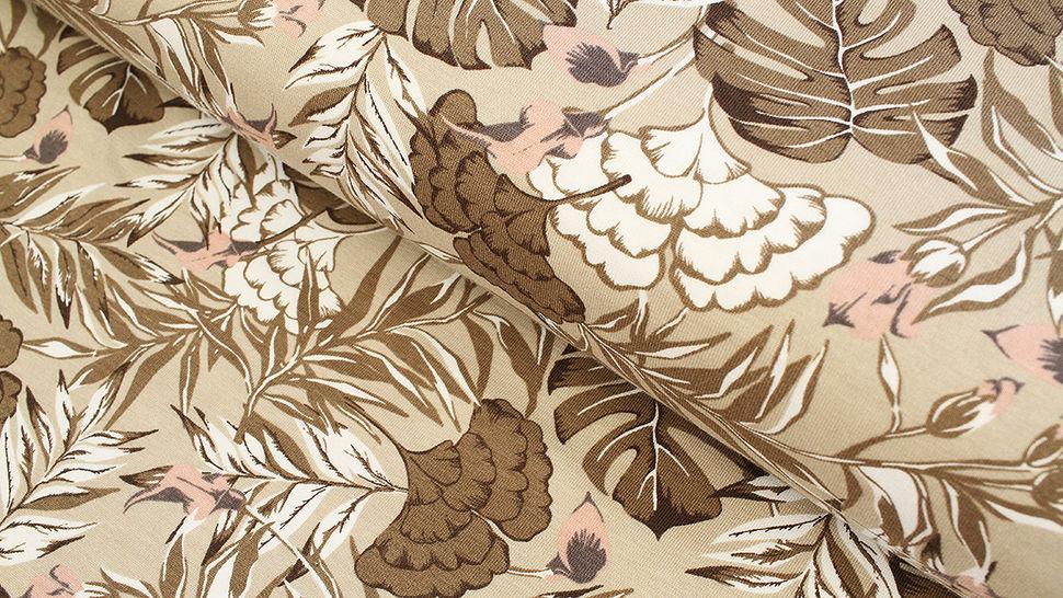 Baumwolljersey beige: Avalana Monstera und Palmen - 162 cm im Makerist Materialshop - Bild 1