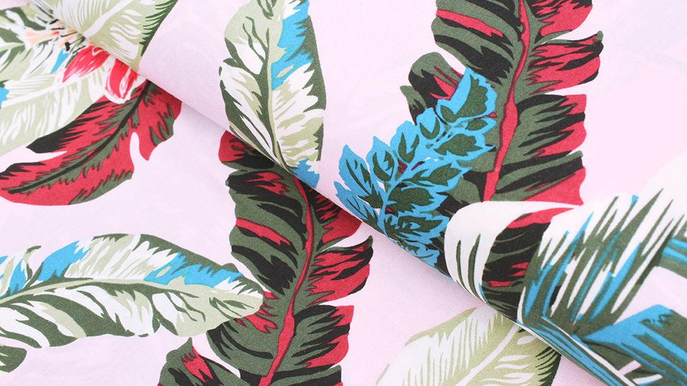 Viskosestoff rosa: Tropische Pflanzen - 150 cm im Makerist Materialshop - Bild 1