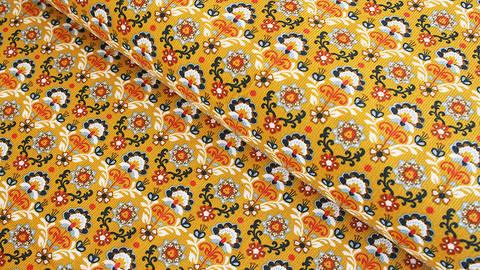 Cordstoff ocker: Ornamental Flowers - 145 cm im Makerist Materialshop