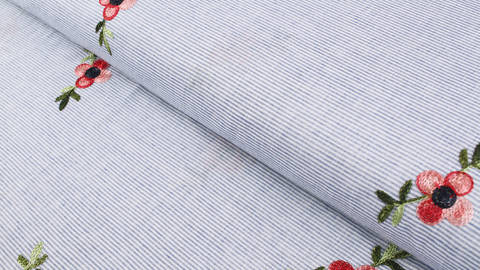 Baumwollstoff blau-weiß gestreift: Gestickte Pfingstrose - 145 cm im Makerist Materialshop