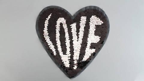 Patch - großes Herz: Paillettenliebe (nähen) im Makerist Materialshop