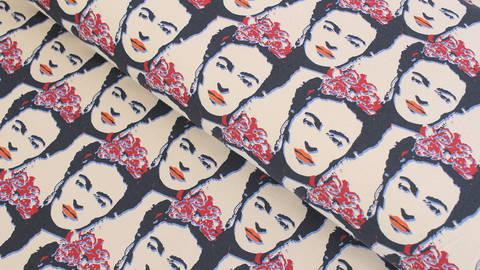 Baumwolljersey beige blau rot: Frida Kahlo - 150 cm im Makerist Materialshop