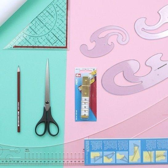 Schnittmuster anpassen und Lieblingsteil kopieren Komplettbox *mit Schneiderwinkel* im Makerist Materialshop - Bild 1