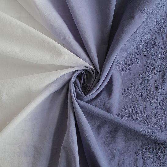 Baumwollstoff blau-weiß Farbverlauf: Stickerei - 130 cm im Makerist Materialshop - Bild 1