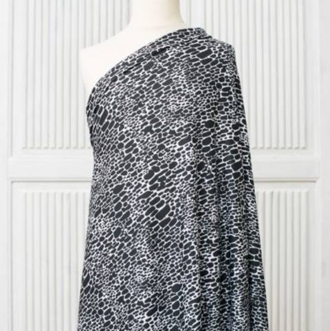 Lillestoff Modalsweat schwarz-weiß: Jana - 150 cm im Makerist Materialshop
