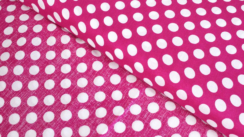 Viskosestoff beere-weiß: Punkte - 150 cm im Makerist Materialshop - Bild 2