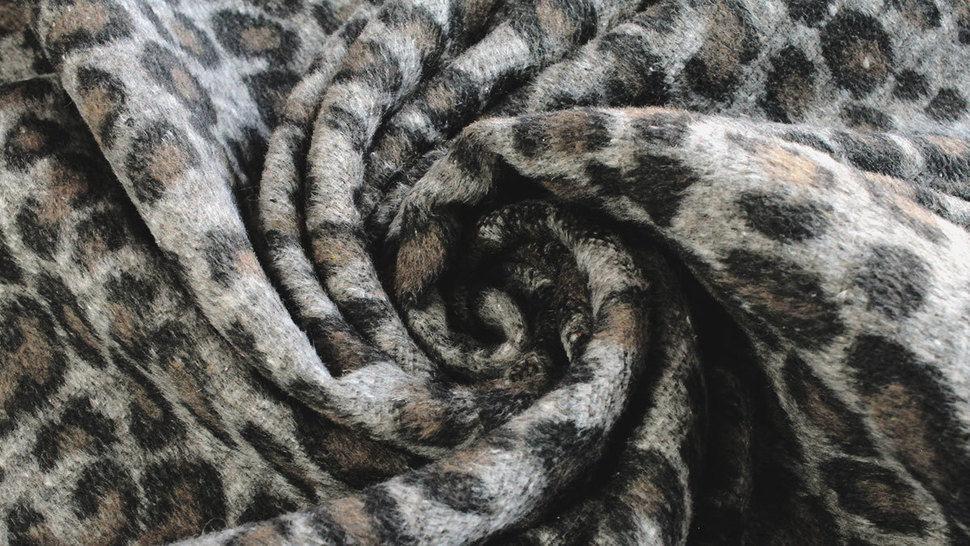 Mantelstoff Animal Print: Leomuster - 150 cm im Makerist Materialshop - Bild 5