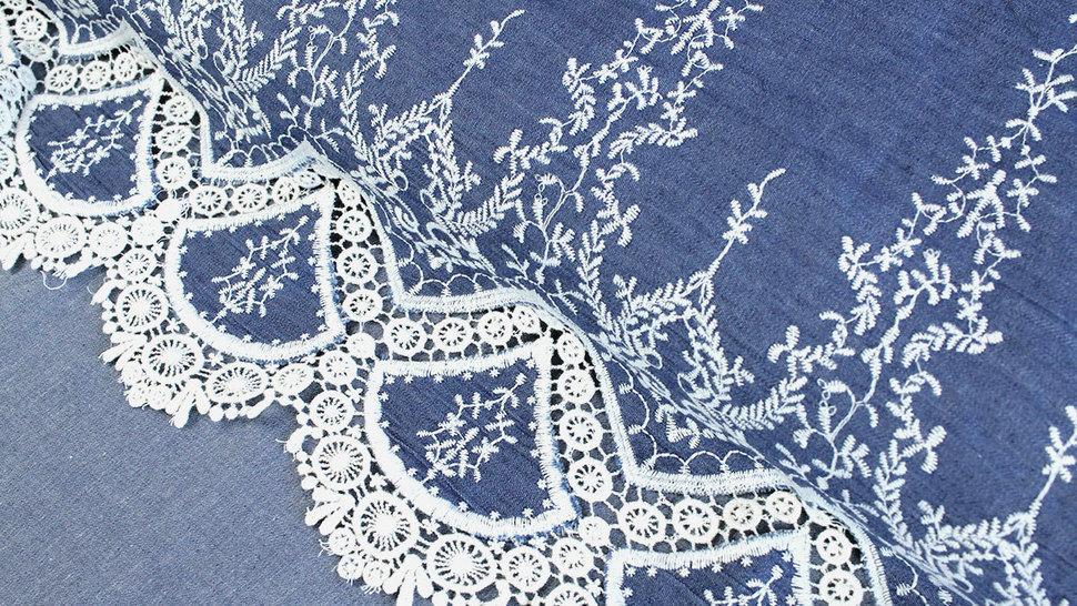 Jeansstoff hellblau: Stickerei - 145 cm im Makerist Materialshop - Bild 2