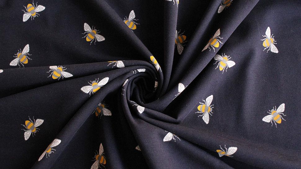 Baumwolljersey navy: Bienen - 145 cm im Makerist Materialshop - Bild 4