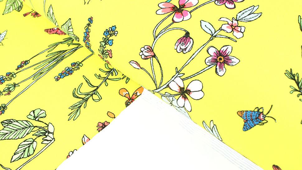 Bademodenstoff neongelb: Wildblumen - 155 cm im Makerist Materialshop - Bild 2