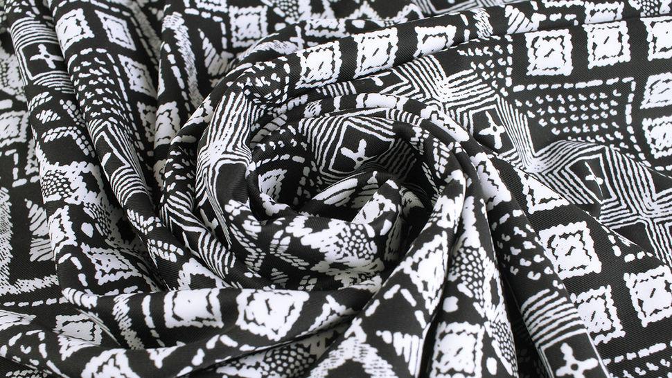 Bademodenstoff schwarz-weiß: Ethno-Muster - 155 cm im Makerist Materialshop - Bild 6