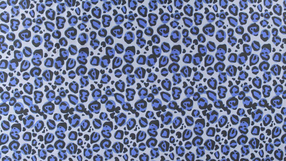 Bademodenstoff grau-blau: Blauer Leopard - 155 cm im Makerist Materialshop - Bild 3