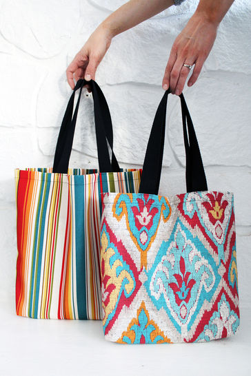 Easy Tote Bag Pattern In 3 Sizes (W/ Video Tutorial!)