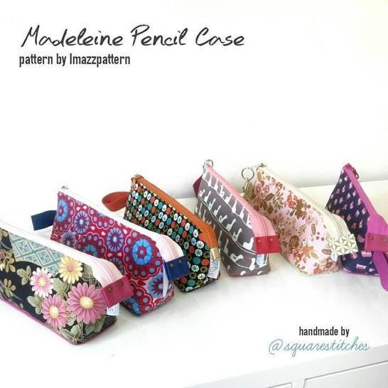 Pouches with flat bottom: make-up bag & pencil case