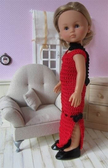 """Red and Black"" patron crochet poupée Chérie Corolle"