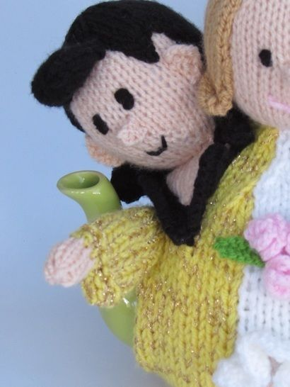 Married by Elvis in Las Vegas Tea cosy Knitting Pattern