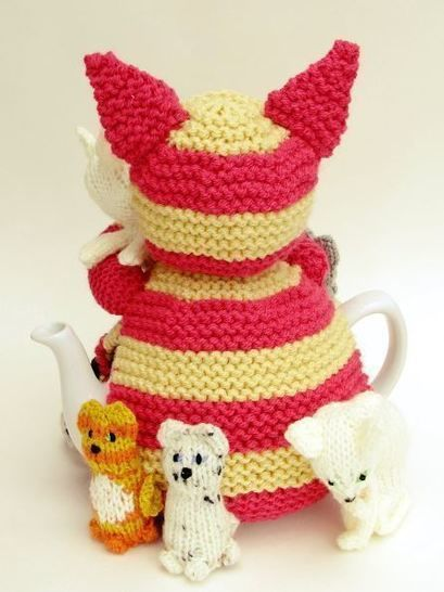 Cat Lady Tea Cosy Knitting Pattern