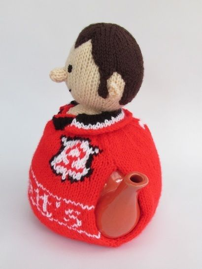 Nottingham Forest football supporter tea cosy