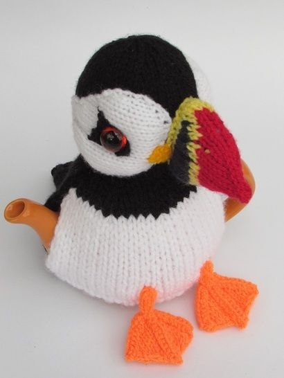 Pint sized Puffin tea cosy