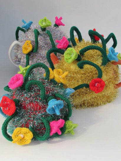 Christmas Tinsel and Fairy Lights Tea Cosy Knitting Pattern