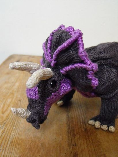 TRACY TRICERATOPS AND BABY TOY DINOSAUR KNITTING PATTERN