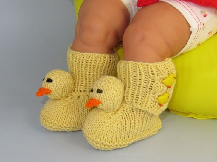 FREE Baby Chick Booties (Bootees) - Knitting