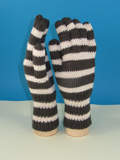 Easy Stripe Gloves
