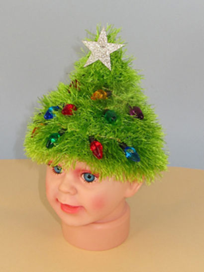 Free Children's Easy Christmas Tree Beanie Hat