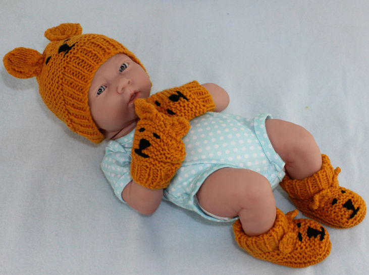 New Baby Teddy Bear Booties Beanie and Mittens