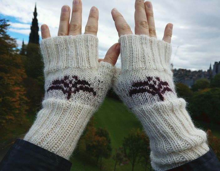 Scottish Rose Handwarmers