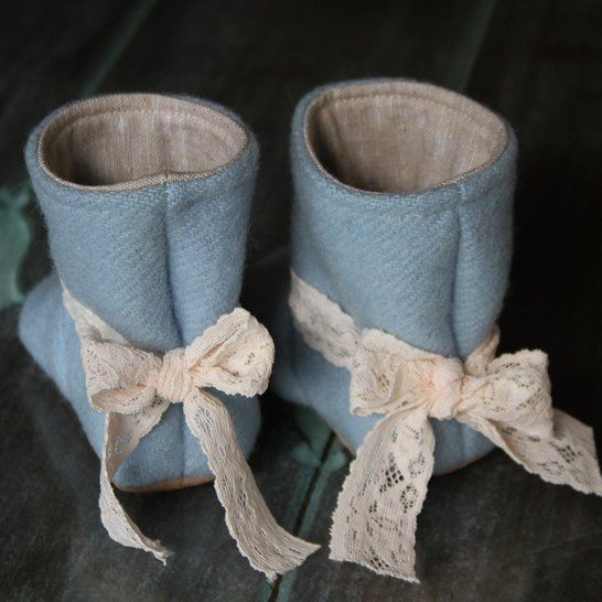 Tie Back Boots - Baby + Child Sizes - PDF Pattern