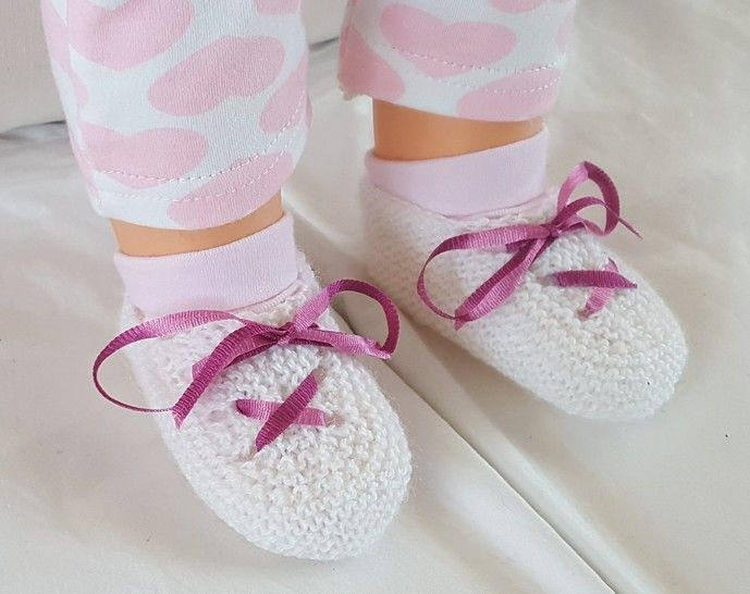 3ply baby shoes with ribbon tie - Laura