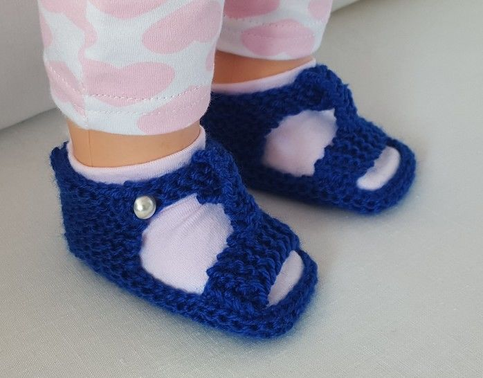 Baby sandals in 8ply with optional T-bar - Isabella