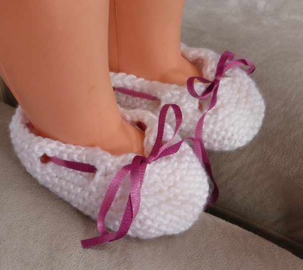 Baby shoes with ribbon or i-cord bow - Olivia