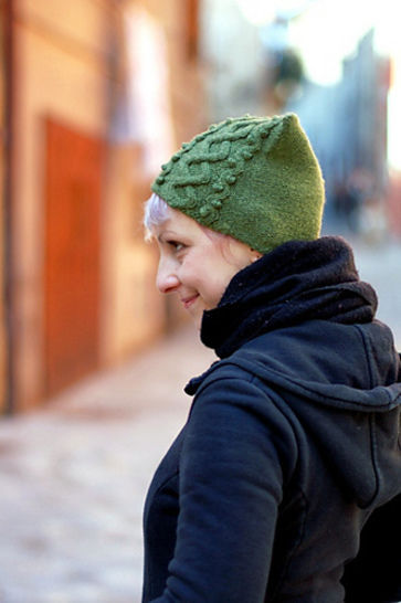 Floralys beanie hat - knitting pattern