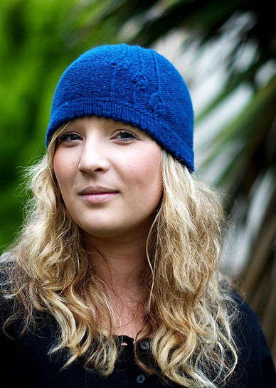Rennie beanie hat - knitting pattern