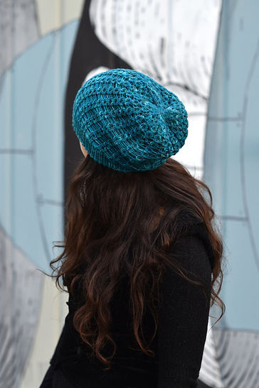 Scala slouchy hat - knitting pattern