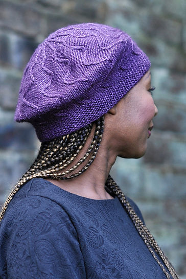 Traversa cabled beret - knitting pattern
